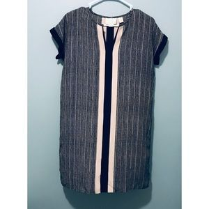 NWOT ... CYNTHIA ROWLEY 💯% Silk SIZE 6 Dress 🌹